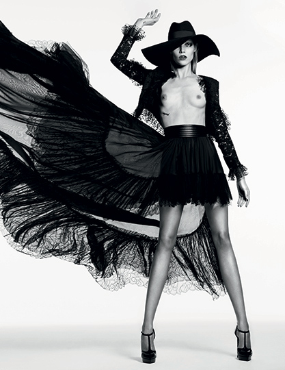 Vogue_Russia_WELL_Fashion-Slimane-_#VG03-2013-65-5