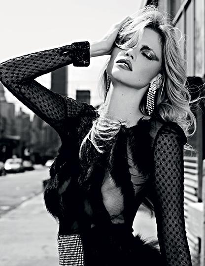 Vogue_Russia_2.--Slimane-_#VG01-2013-03-3