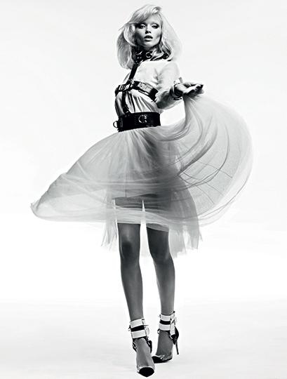 Vogue_Russia_WELL-Slimane-borders-7